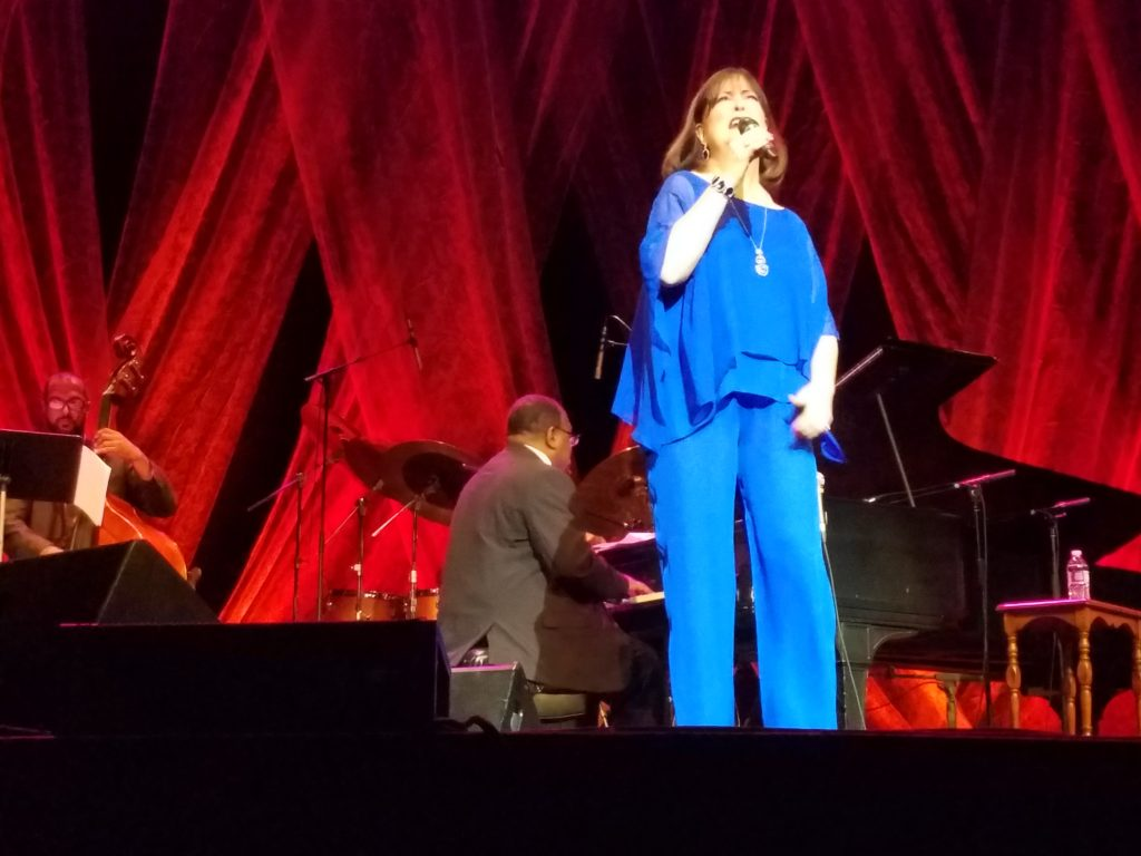 Ann Hampton Callaway performing September 28, 2018 at Hoyt Sherman Place in Des Moines, Iowa